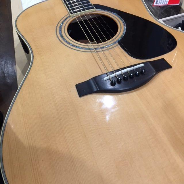 YAMAHA アコースティックギター PU取付
